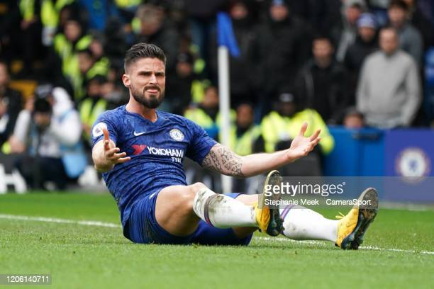 Chelsea's Olivier Giroud questions the linesmans decision during the Premier League match between Chelsea FC and Everton FC at Stamford Bridge on...