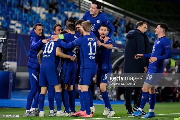 Chelsea's players celebrate after American midfielder Christian Pulisic scored during the UEFA Champions League semi-final first leg football match...