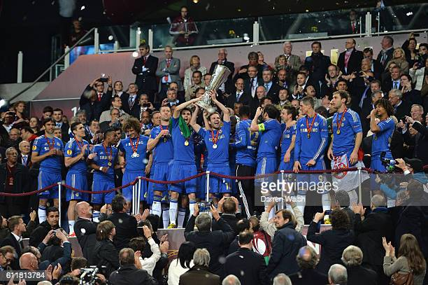 Chelsea's players lift the Europa League trophy after winning the UEFA Europa League Final match between FC Benfica and Chelsea at the Amsterdam...