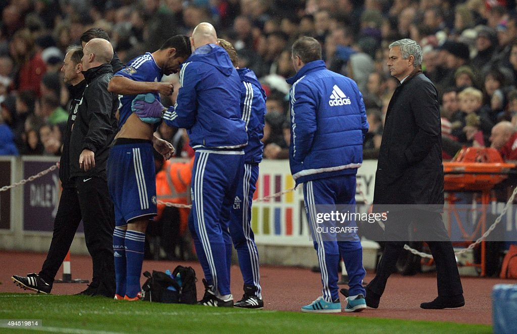 FBL-ENG-LCUP-STOKE-CHELSEA : News Photo