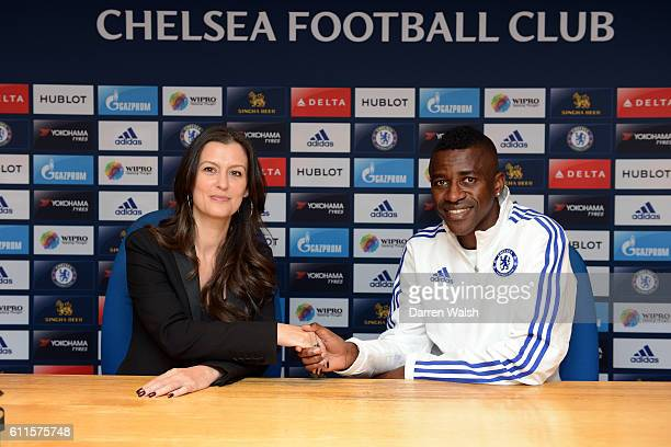 Chelsea's Ramires poses with Club Director Marina Granovskaia after signing a new contract for Chelsea at Stamford Bridge on 29th October 2015 in...