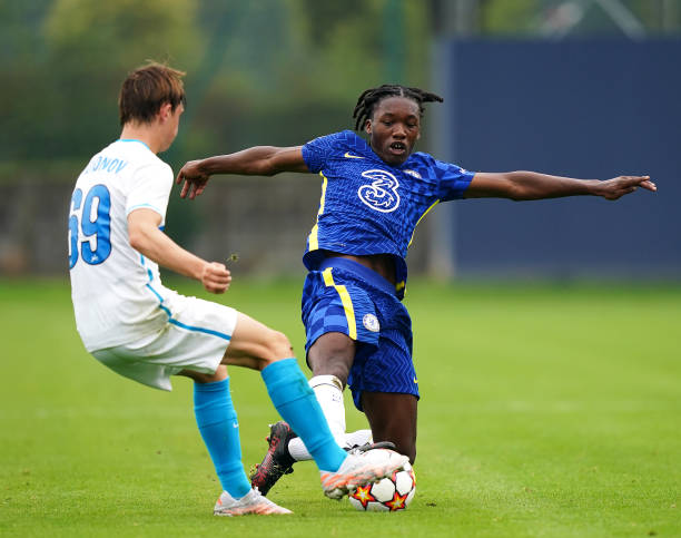 Chelsea's Silko-Amari Thomas and Zenit St. Petersburg's Ilia Rodionov battle for the ball during the UEFA Youth League, group H match at Cobham...