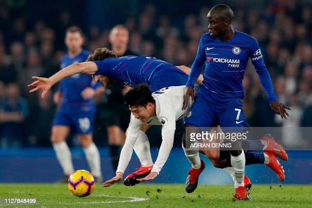 Chelsea's Spanish defender Marcos Alonso and Chelsea's French midfielder N'Golo Kante vie with Tottenham Hotspur's South Korean striker Son HeungMin...