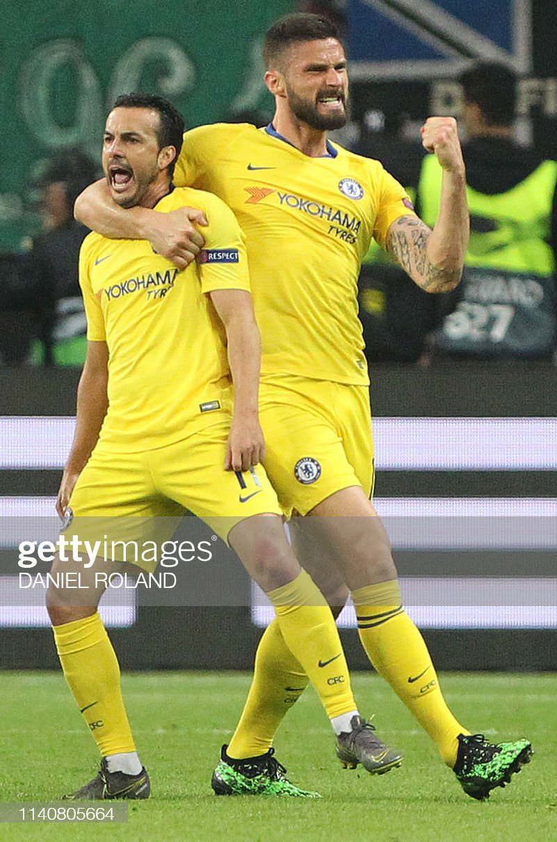 FBL-EUR-C3-FRANKFURT-CHELSEA : News Photo