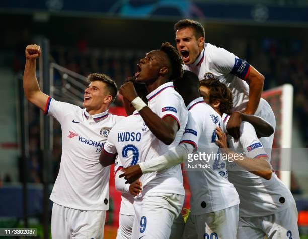 Chelsea's Willian celebrates his Goal with Chelsea's Cesar Azpilicueta Chelsea's Tammy Abraham and Mason Mount during UAFA Champion League Group H...