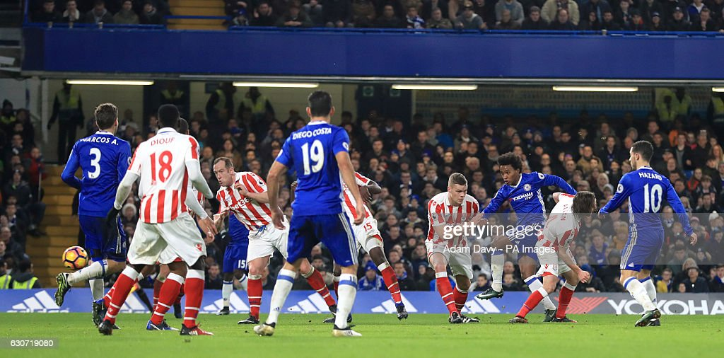 Chelsea v Stoke City - Premier League - Stamford Bridge : News Photo