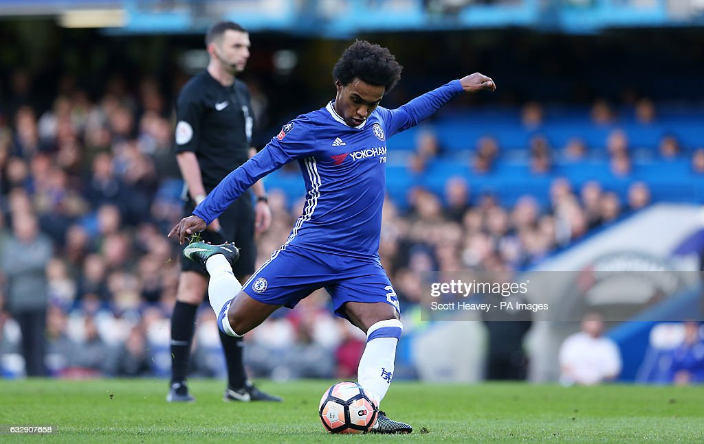 Chelsea v Brentford - Emirates FA Cup - Stamford Bridge : News Photo
