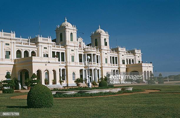 Cheluvamba Mansion the premises of the CFTRI in Mysore India circa 1965 This Renaissancestyle palace was once the residence of the princess...