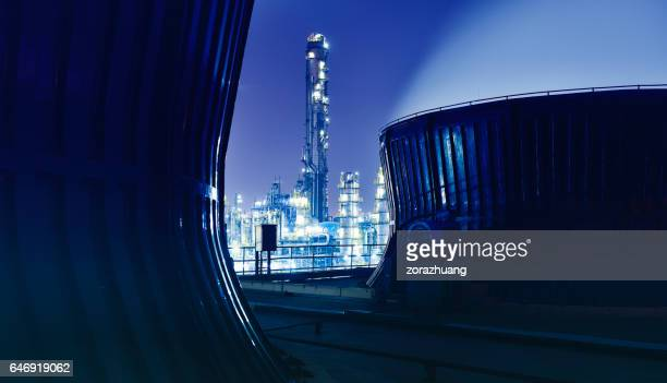 chemical & petrochemical plant, oil refinery - storage tank stock photos and pictures