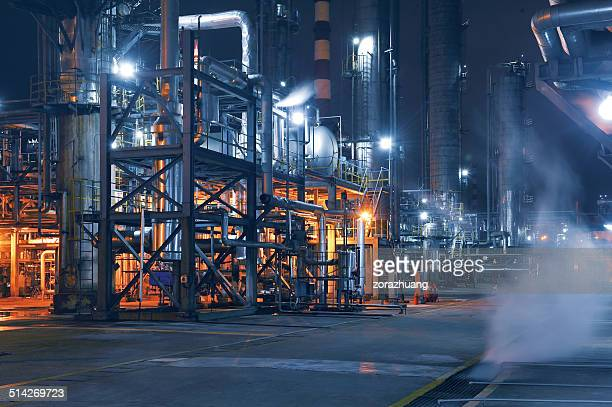 chemical & petrochemical plant - industry stock pictures, royalty-free photos & images