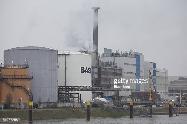 A chemical plant operated by BASF SE stands on the bank of the River Rhine in Ludwigshafen Germany on Saturday Feb 13 2016 The cost of shipping...