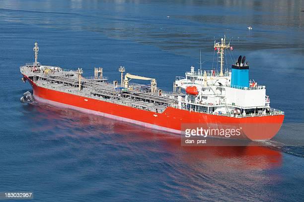 化学タンカー船