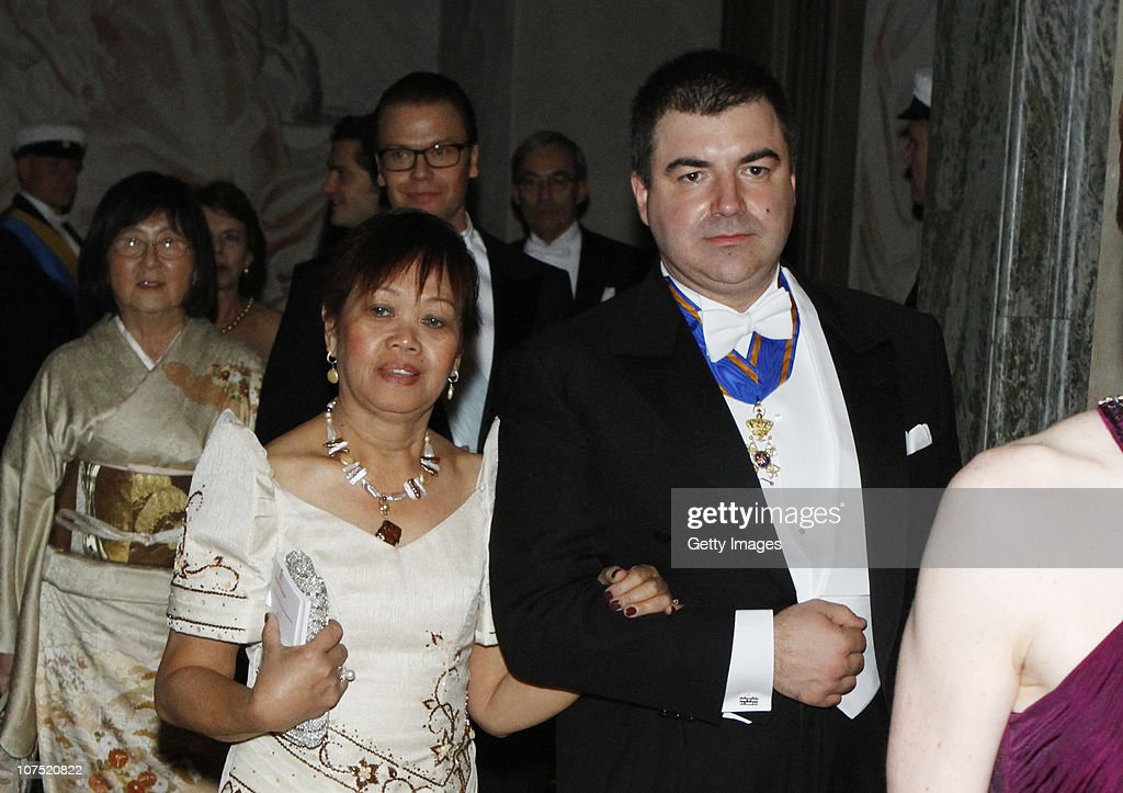 Chemistry Laureate Konstantin Novoselov from Russia arrives to the Nobel Banquet at the Stockholm City Hall on December 10, 2010 in Stockholm, Sweden. The banquet features a three-course dinner, entertainment and dancing.