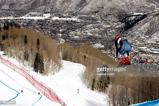 ASPEN CO DECEMBER 05 Chemmy Alcott of Great Britain in action during the Alpine FIS Ski World Cup Women's Downhill training on December 05 2007 in...