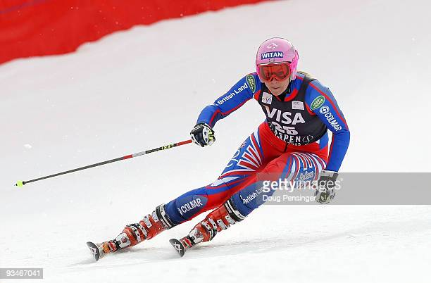 Chemmy Alcott of Great Britain skis her first run in the Women's FIS Alpine World Cup Giant Slalom on November 28 2009 in Aspen Colorado Alcott...