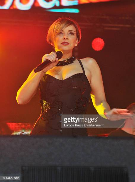 Chenoa performs during the concert 'Operacion Triunfo El Reencuentro' on October 31 2016 in Barcelona Spain