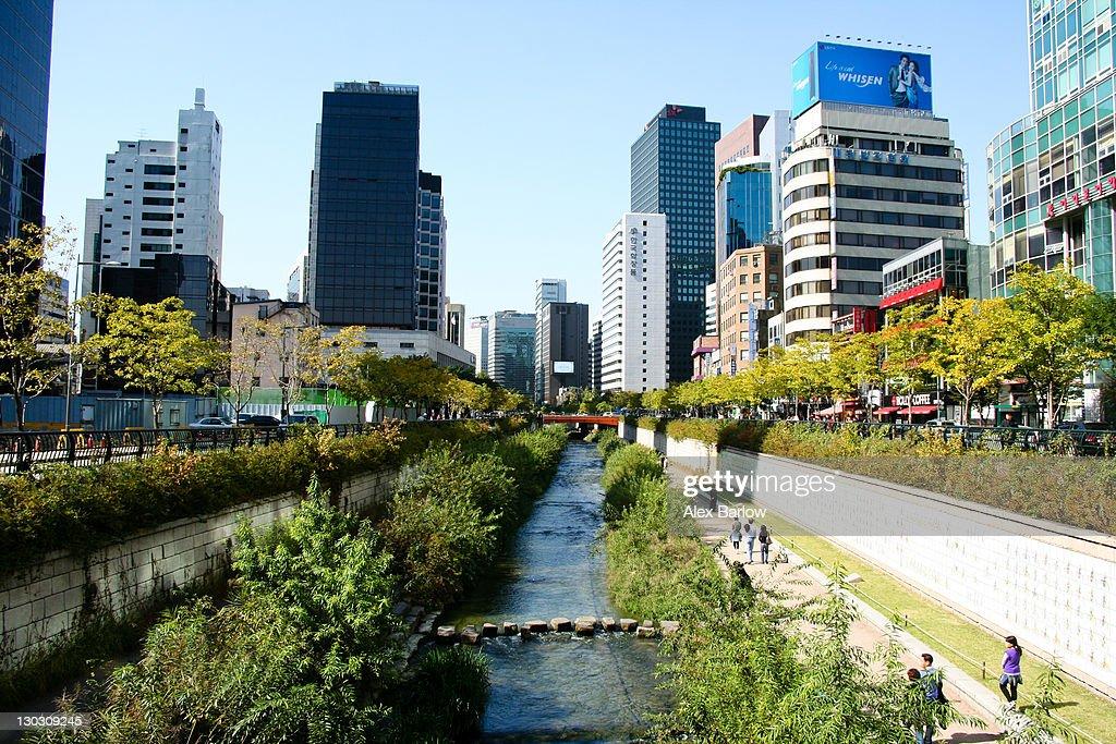 Cheonggyecheon : Stock Photo