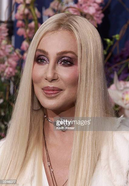 Cher at the 52nd Annual Primetime Emmy Awards at the Shrine Auditorium in Los Angeles 9/10/00 Photo Kevin Winter/ImageDirect