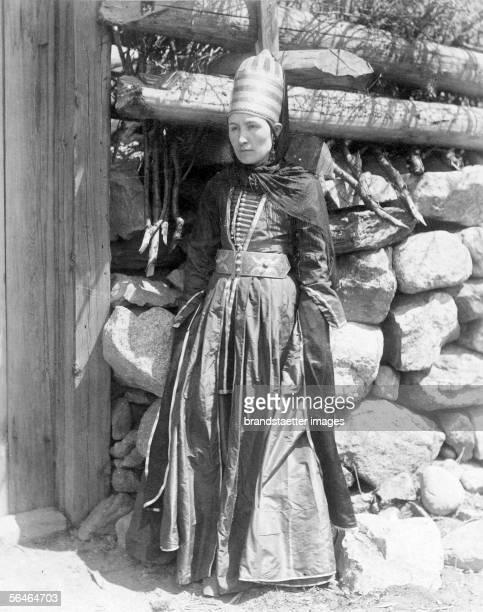 Cherkessian woman in Karbadin in the Kuban valley Caucasian expedition of Jenoe Duke ZIchy Photography Around 1890 [Tscherkessische Frau bei Kabardin...