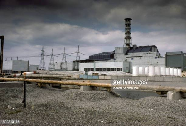chernobyl nuclear reactor - chernobyl nuclear power plant stock pictures, royalty-free photos & images
