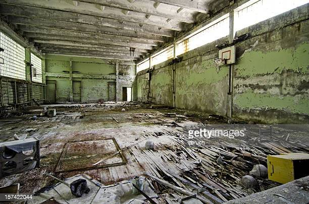 chernobyl school after disaster. - kernramp van tsjernobyl stockfoto's en -beelden