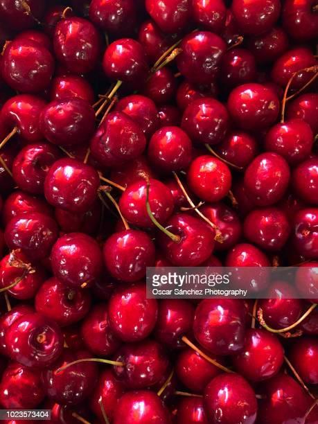 cherries - kirsche stock-fotos und bilder