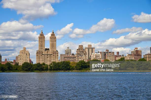 cherry blossom, central park, new york, usa - central park reservoir stock pictures, royalty-free photos & images