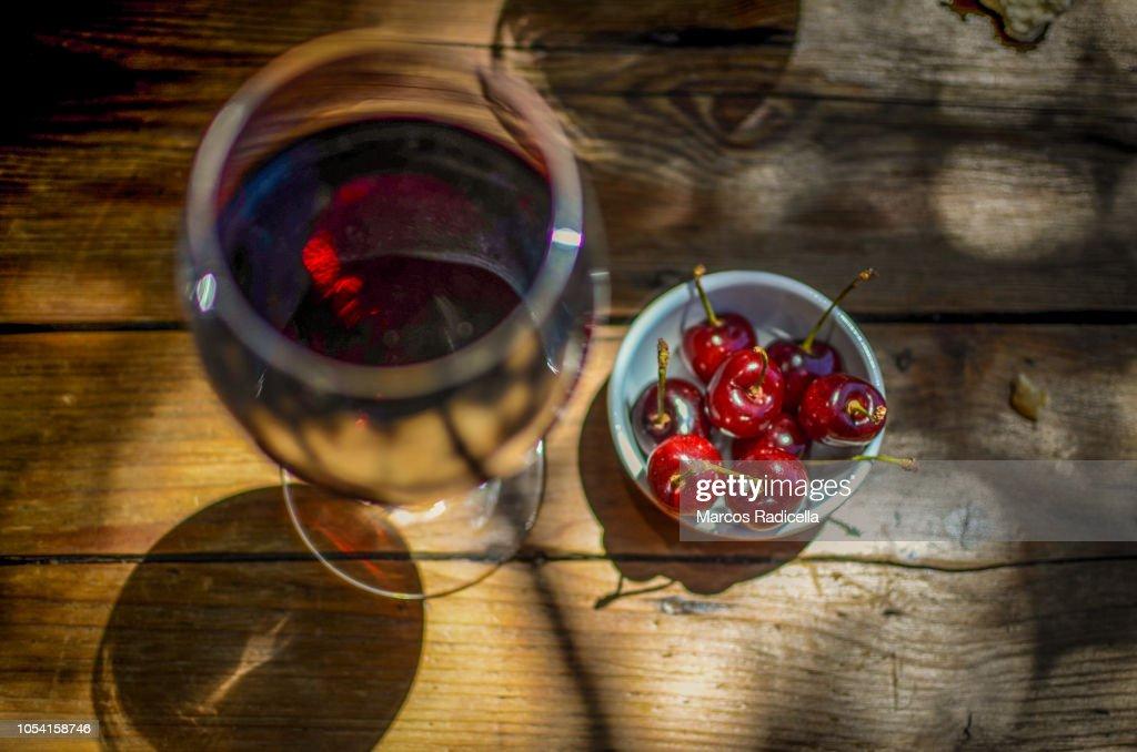 Cherry with wine : Foto de stock