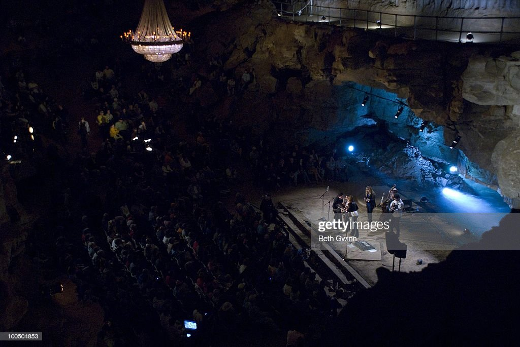 Bluegrass Underground At Cumberland Caverns