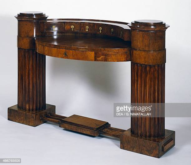 Cherrywood writing desk, ca 1820, designed by Joseph Danhauser for the Archduchess Sophia. Austria, 19th century.