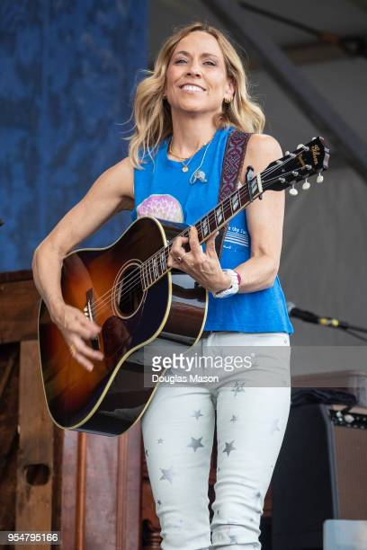 Cheryl Crow performs during the 2018 New Orleans Jazz Heritage Festival 2018 at Fair Grounds Race Course on May 4 2018 in New Orleans Louisiana