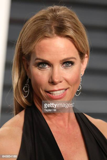 Cheryl Hines attends the 2017 Vanity Fair Oscar Party at Wallis Annenberg Center for the Performing Arts on February 26 2017 in Beverly Hills...