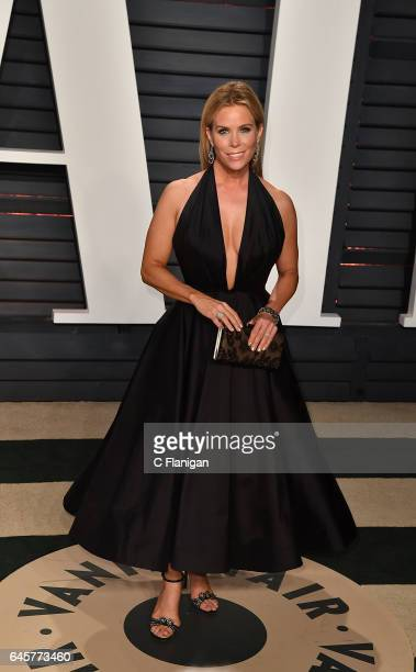 Cheryl Hines attends the 2017 Vanity Fair Oscar Party Hosted by Graydon Carter at the Wallis Annenberg Center for the Performing Arts on February 26...