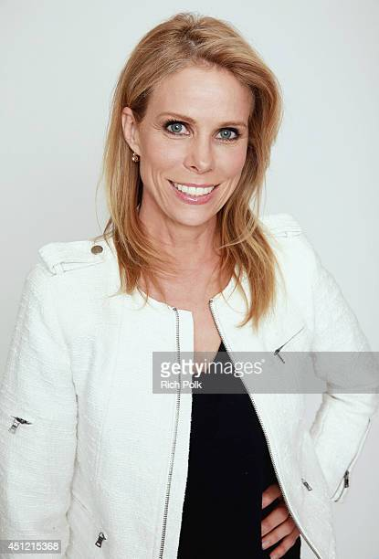Cheryl Hines poses for a portrait at the Groundlings Alumni Return To The Stage To Celebrate 40th Anniversary With '2000's Decade Night' at The...