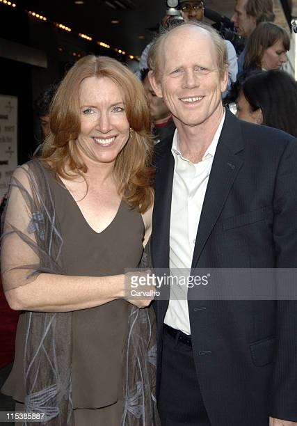 Cheryl Howard and Ron Howard during Cinderella Man New York City Premiere Benefiting The Children's Defense Fund at Loews Lincoln Square Theater in...