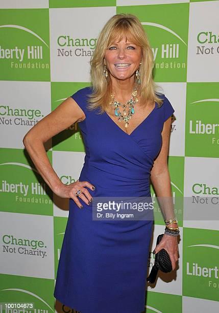 Cheryl Tiegs attends the Liberty Hill's Upton Sinclair Awards Dinner Honoring Walter Mosley at Hyatt Regency Century Plaza on May 20, 2010 in Century...