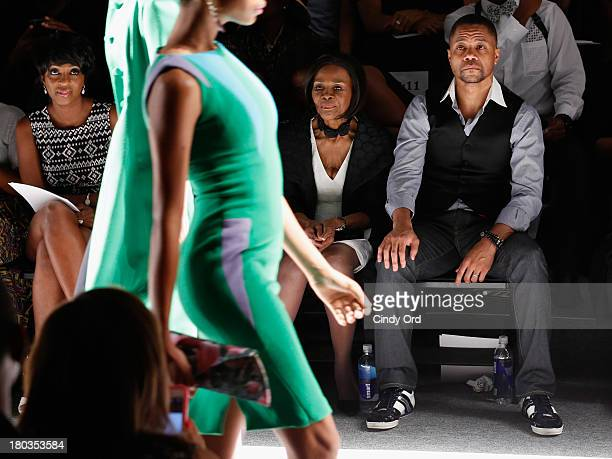 Cheryl Wills and actors Cicely Tyson and Cuba Gooding Jr attend the B Michael America fashion show during MercedesBenz Fashion Week Spring 2014 at...