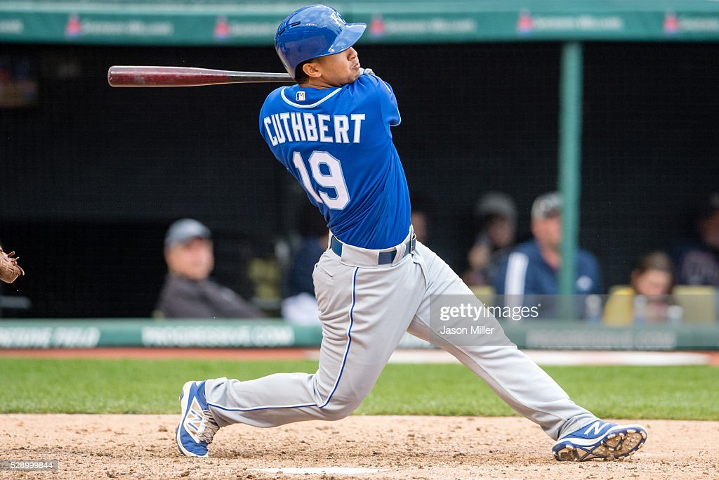 Cheslor Cuthbert #19 of the Kansas City Royals hits an RBI single during the eighth inning against the Cleveland Indians at Progressive Field on May 7, 2016 in Cleveland, Ohio.