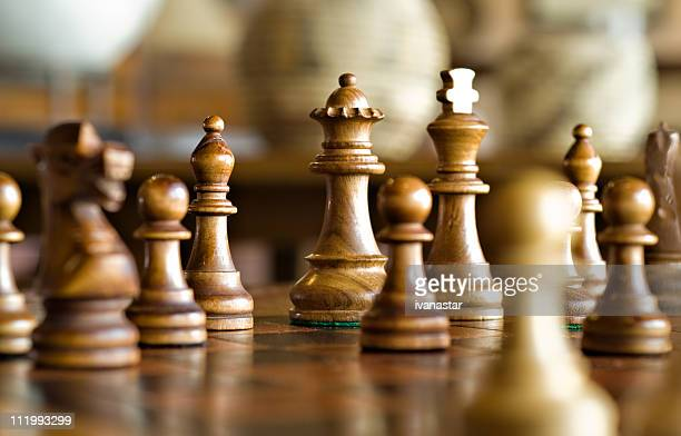 chess game, strategy and decision making - chess stock pictures, royalty-free photos & images