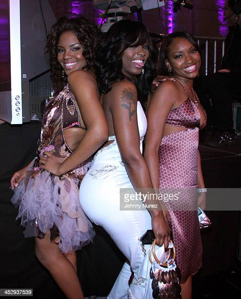 Chessika Buffie the Body and guest during 2005 Vibe Awards Backstage and Audience at Sony Studios in Culver City California United States