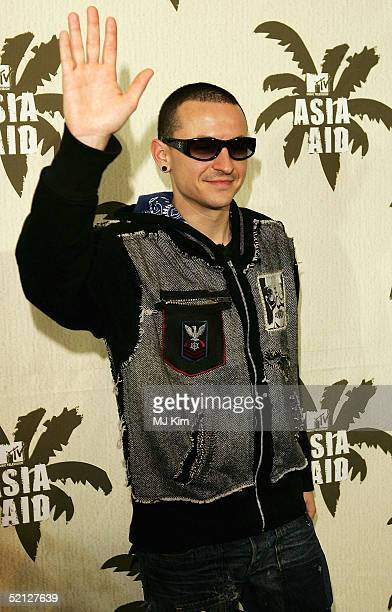 Chester Bennington from Linkin Park poses in the pressroom at 'MTV Asia Aid' at the IMPACT Arena on February 3 2005 in Bangkok Thailand The fourth...