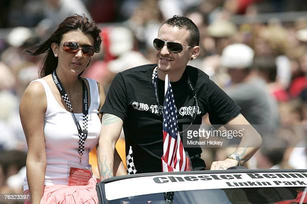 Chester Bennington of Linkin Park at the IPL 500 Festival Parade