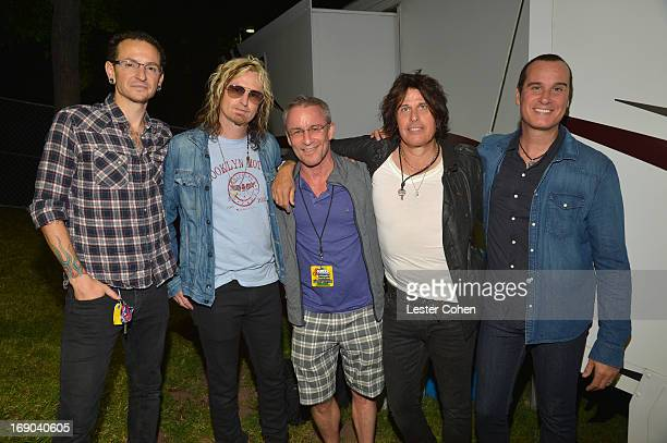 Chester Bennington of Linkin Park Eric Kretz of the Stone Temple Pilots Kevin Weatherly Dean DeLeo and Robert DeLeo of the Stone Temple Pilots...