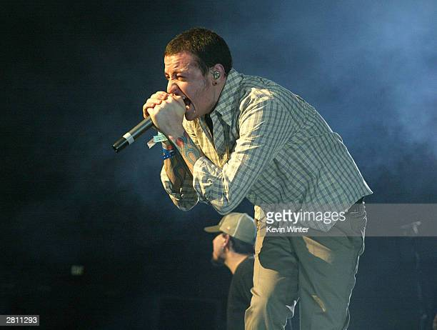 Chester Bennington of musical band Linkin Park performs at KROQ's 2003 Almost Acoustic Christmas at the Universal Amphitheatre on December 14 2003 in...