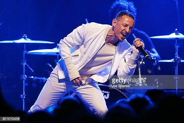 Chester Bennington performs onstage at the 2016 Rhonda's Kiss benefit at El Rey Theatre on November 3 2016 in Los Angeles California