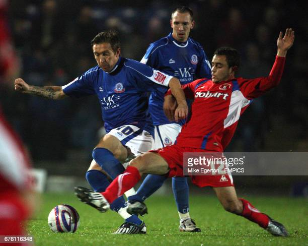 Chesterfield's darren Currie and Carlisle United's Tom Taiwo
