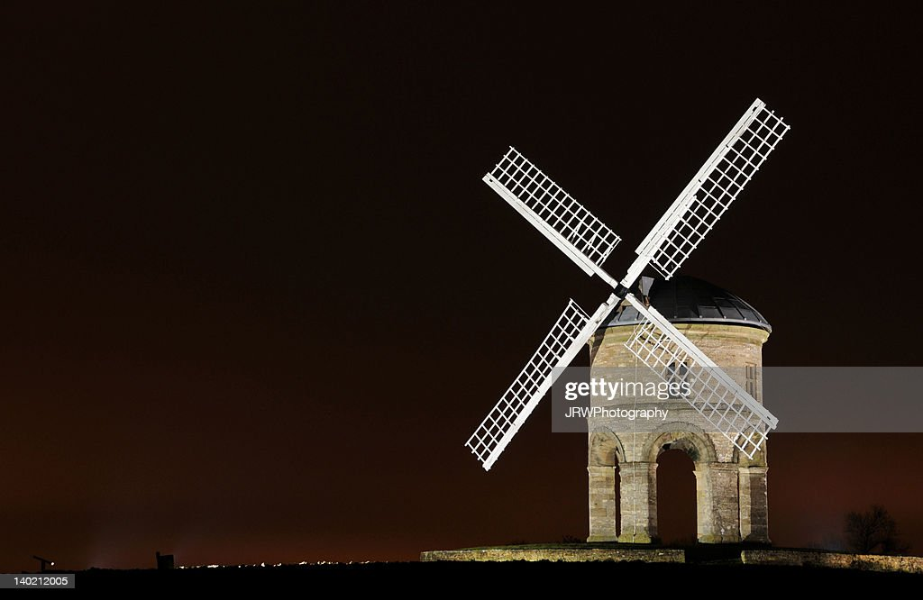 Chesterton windmill by floodlights : Stock Photo