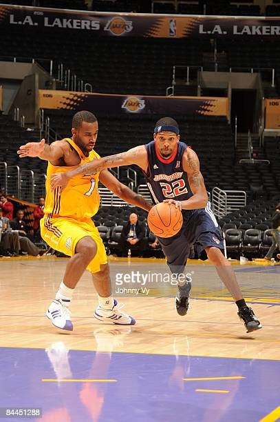 Chet Mason of the Anaheim Arsenal drives to the basket against Joe Crawford of the Los Angeles DFenders at Staples Center on January 25 2009 in Los...