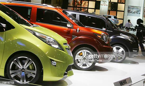 Chevrolet concept cars Beat Trax and Groove are seen at the New York International Auto Show April 5 2007 in New York City The show opens to the...