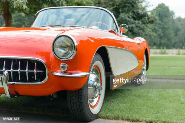chevrolet corvette c1 classic sports car - chevrolet corvette stock pictures, royalty-free photos & images